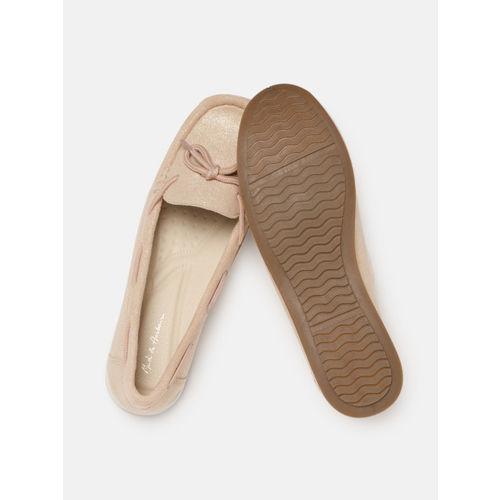 Mast & Harbour Women Beige Boat Shoes