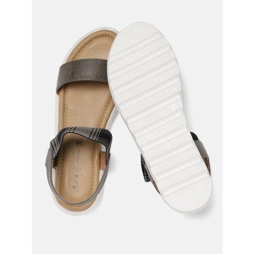 Mast & Harbour Women Grey & Black Comfort Solid Open Toe Flats