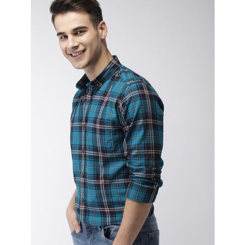 Mast & Harbour Men Blue & Red Slim Fit Checked Casual Shirt