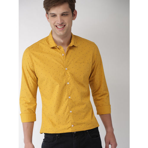Mast & Harbour Men Yellow Slim Fit Printed Casual Shirt