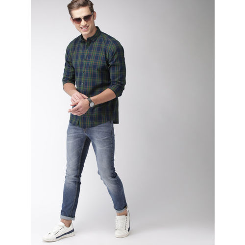 Mast & Harbour Men Navy Blue & Green Slim Fit Checked Casual Shirt