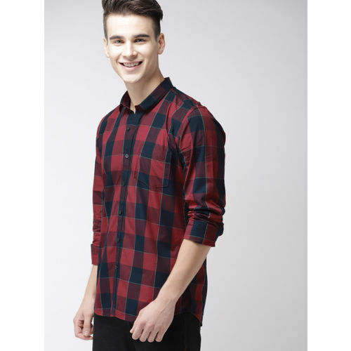 Mast & Harbour Men Navy Blue & Maroon Slim Fit Checked Casual Shirt