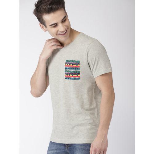 Mast & Harbour Men Grey Melange Solid Round Neck T-shirt with Pocket Detailing