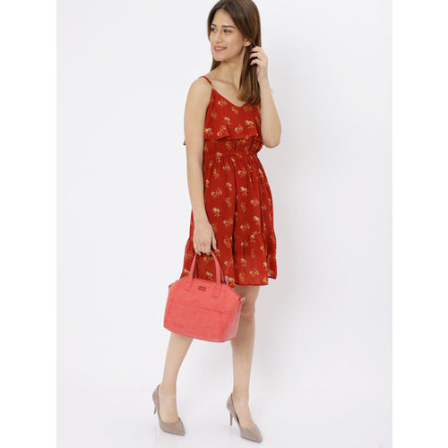 Caprese Coral Solid Shoulder Bag