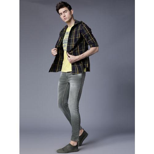 HIGHLANDER Men Olive Green Slim Fit Checked Casual Shirt
