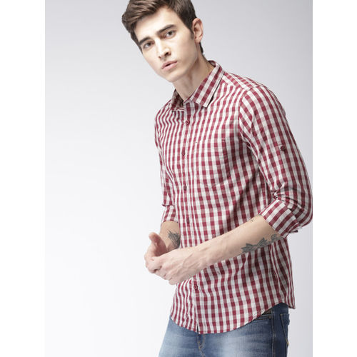 HIGHLANDER Men Maroon & White Slim Fit Checked Roll-Up Sleeves Casual Shirt