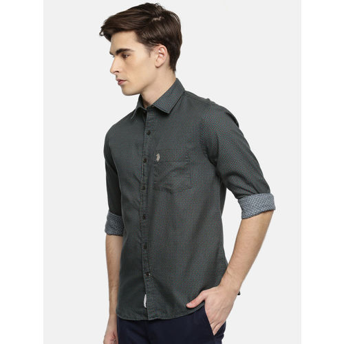 U.S. Polo Assn. Men Green Tailored Fit Printed Casual Shirt
