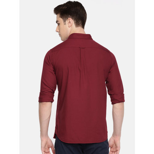 U.S. Polo Assn. Men Maroon Tailored Fit Solid Casual Shirt
