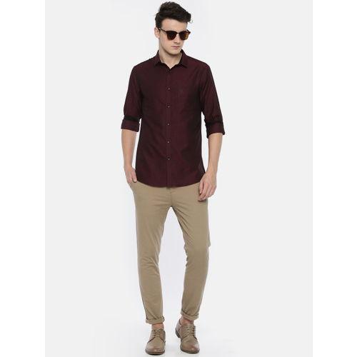 U.S. Polo Assn. Men Maroon Slim Fit Self Design Casual Shirt