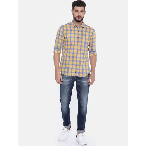 U.S. Polo Assn. Men Yellow & Blue Regular Fit Checked Casual Shirt