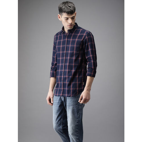 Flying Machine Men Navy Blue & Red Regular Fit Checked Casual Shirt