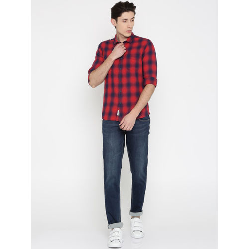 Flying Machine Men Red & Navy Blue Slim Fit Checked Casual Shirt