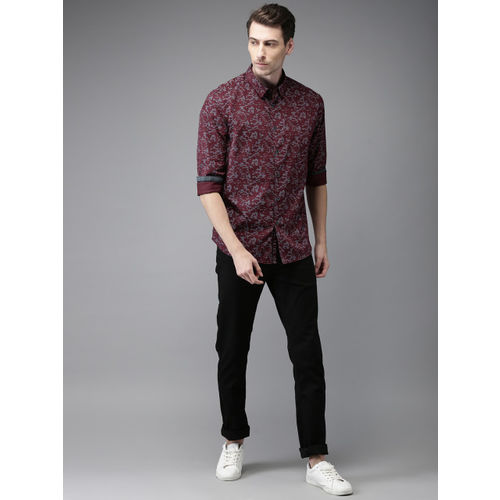 Flying Machine Maroon Regular Fit Abstract Printed Casual Shirt