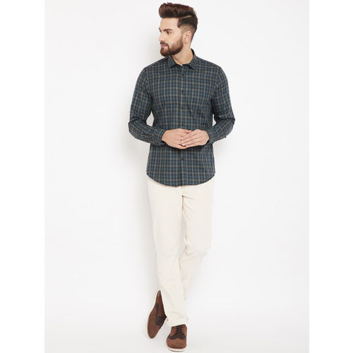 Blackberrys Men Navy Blue & Olive Green Slim Fit Checked Casual Shirt