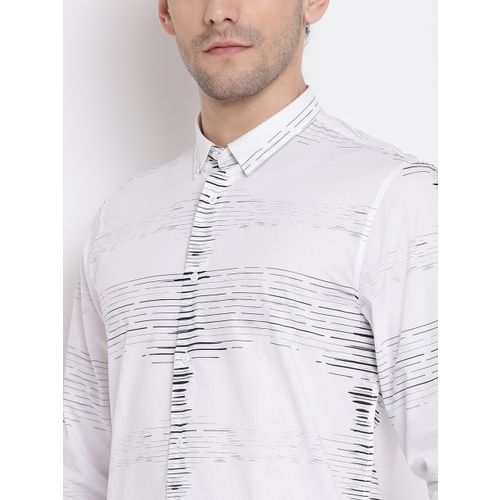 Blackberrys Men White & Black Trim Fit Printed Casual Shirt