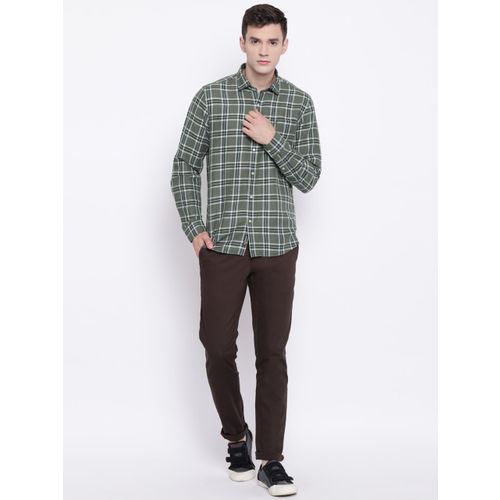 Blackberrys Men Olive Green & Off-White Slim Fit Checked Casual Shirt