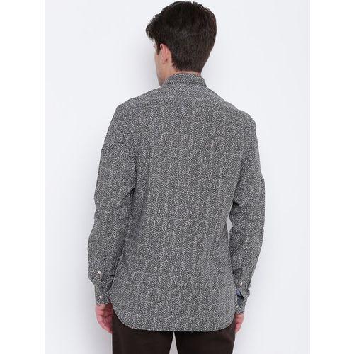 Blackberrys Men Black & White Slim Fit Printed Casual Shirt