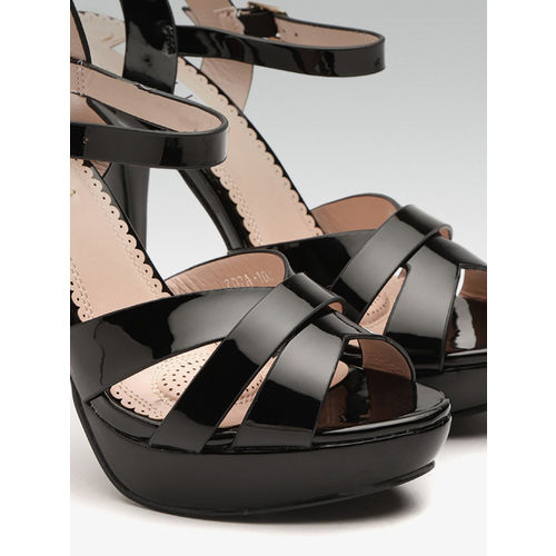 Elle Women Black Solid Platforms