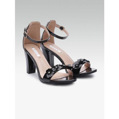 Elle Women Black Sequinned Block Heels