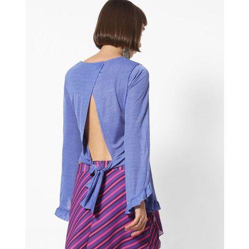 AJIO V-neck Crop Top with Floral Lace Hemline