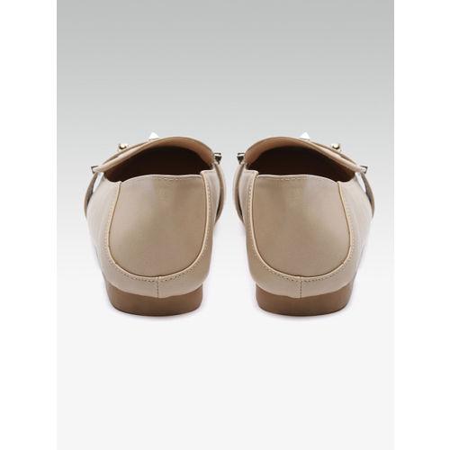 Elle Women Beige Embellished Loafers