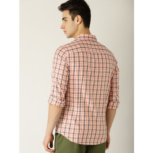 United Colors of Benetton Men Peach-Coloured & White Slim Fit Checked Casual Shirt