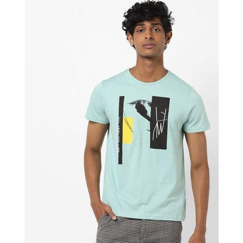 AJIO Slim Fit Graphic Print Crew-Neck T-shirt