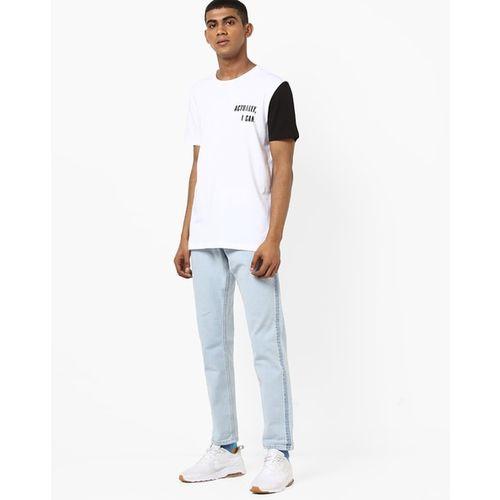 AJIO Colourblock Slim Fit Crew-Neck T-shirt