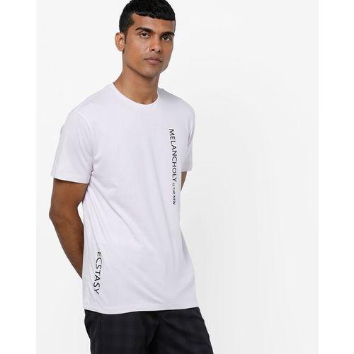 AJIO Typographic Print Slim Fit Crew-Neck T-shirt
