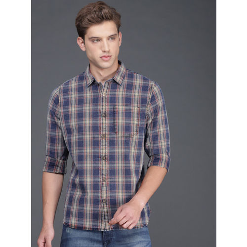 WROGN Men Blue & Red Regular Fit Checked Casual Shirt