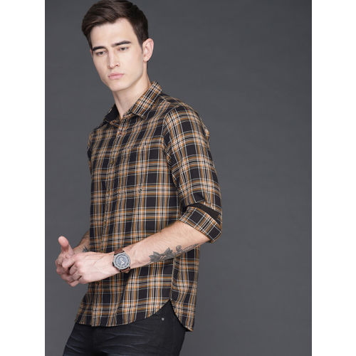 WROGN Men Mustard Yellow & Navy Blue Regular Fit Checked Casual Shirt