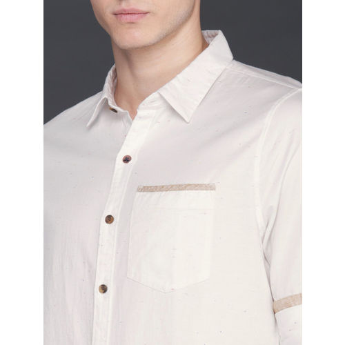 WROGN Men Off-White Slim Fit Solid Casual Shirt