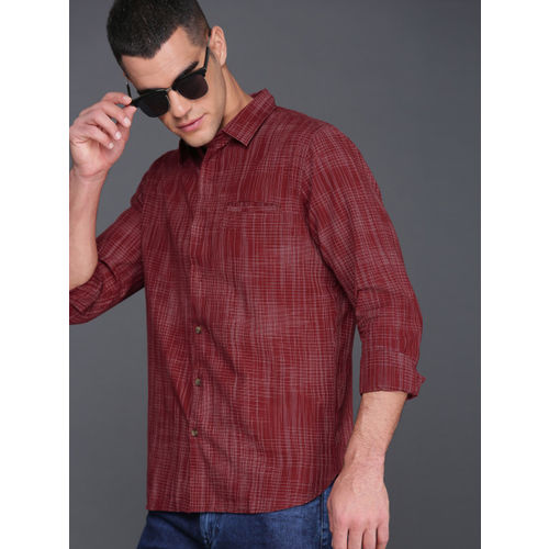 WROGN Men Maroon Smart Fit Checked Casual Shirt