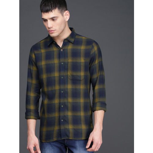 WROGN Men Olive Green & Navy Blue Slim Fit Checked Casual Shirt