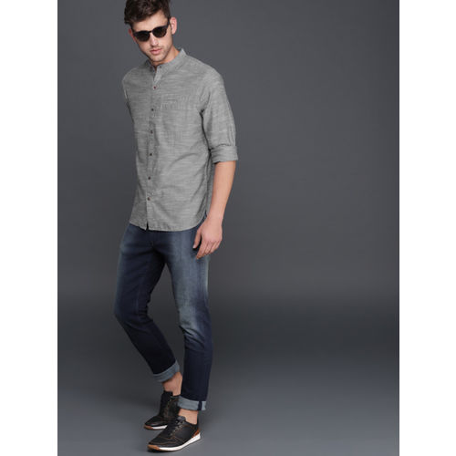 WROGN Men Grey Smart Regular Fit Solid Casual Shirt