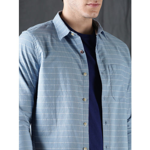 WROGN Men Blue & White Slim Fit Striped Casual Shirt