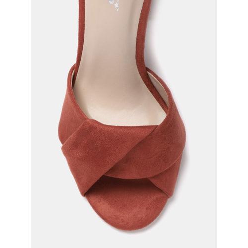 Roadster Women Rust Red Solid Heels