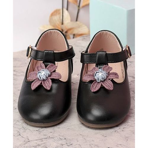 Kidlingss T-Strap Bellies With Flower & Pearl Applique - Black