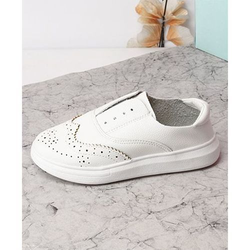 Kidlingss Stylish Slip-On Casual Shoes - White