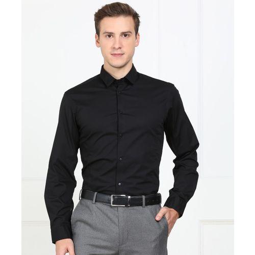 Arrow New York Men Solid Formal Black Shirt