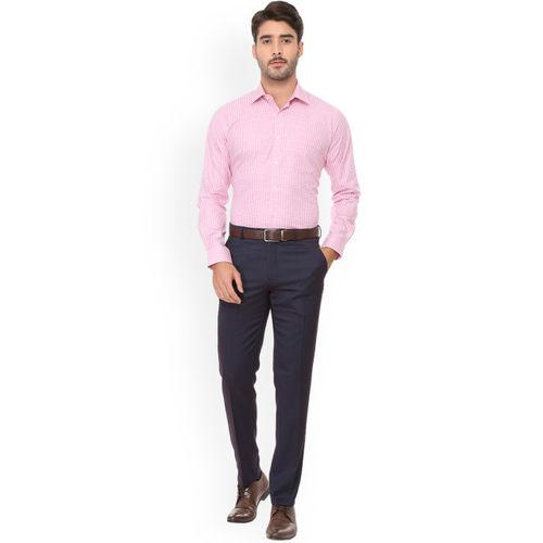 Van Heusen Men Pink & White Regular Fit Checked Formal Shirt