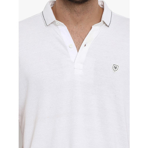 Mufti Men White Solid Polo Collar T-shirt