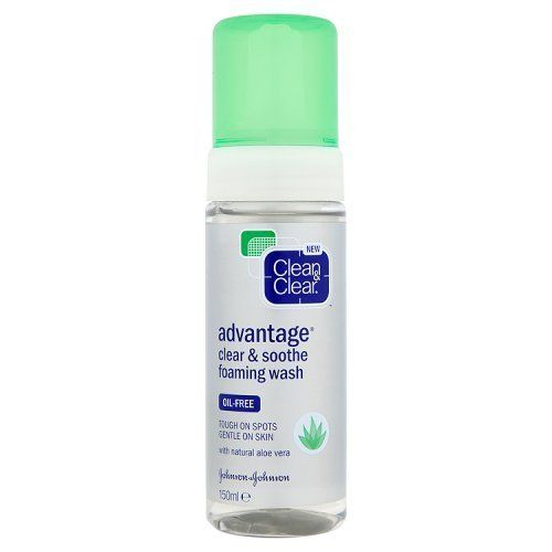 Clean & Clear Clean & Clear Advantage Clear and Soothe Foaming Wash, 150ml