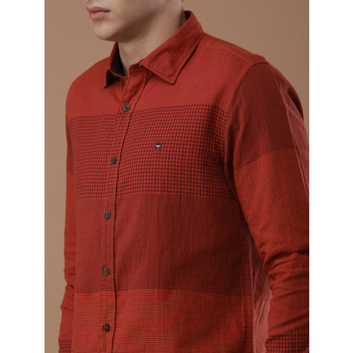 Louis Philippe Sport Men Red Slim Fit Checked Casual Shirt
