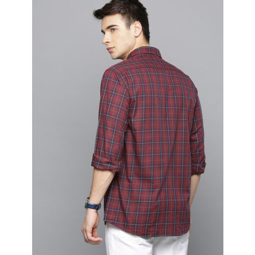 Louis Philippe Sport Men Maroon & Navy Blue Slim Fit Checked Casual Shirt