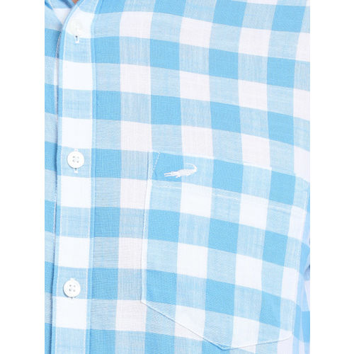 Crocodile Men Blue & White Slim Fit Checked Casual Shirt