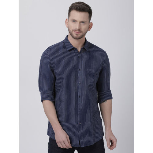 Crocodile Men Navy Blue & White Slim Fit Striped Casual Shirt