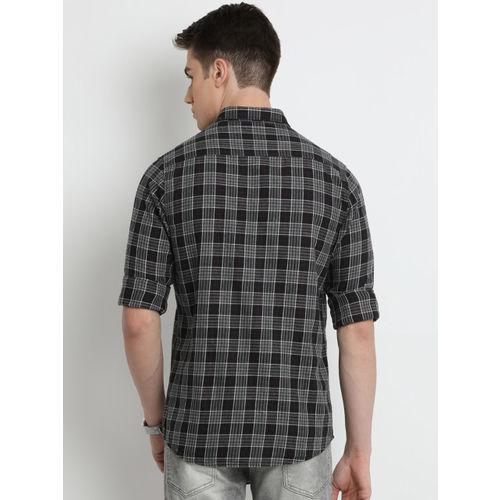 Crocodile Men Black & Grey Slim Fit Checked Casual Shirt
