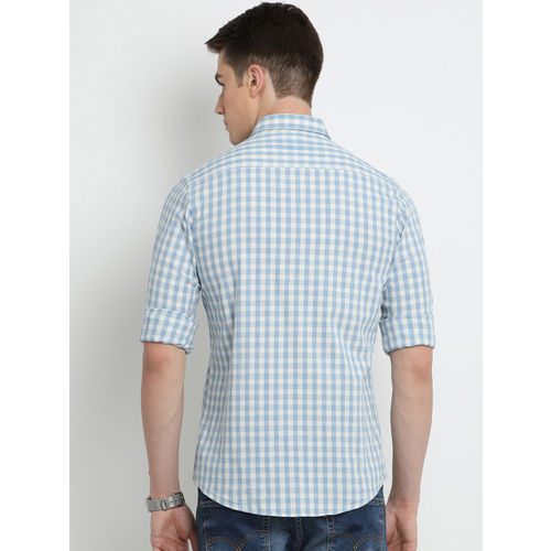 Crocodile Men Off-White & Blue Slim Fit Checked Casual Shirt