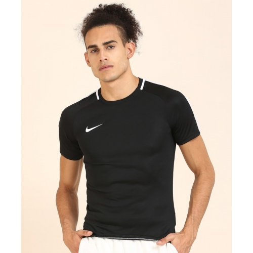 Nike Solid Polycotton Round Neck Black T-Shirt